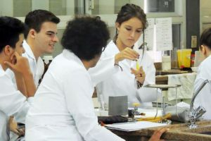 3serie-laboratorio108.jpg