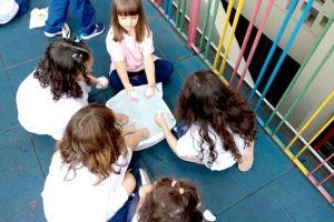 infantil3-coletandopedras1026.jpg