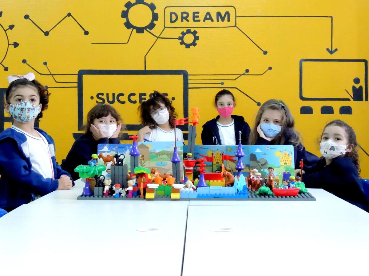 Período Complementar - LEGO Education